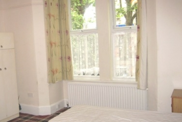 Good size room, Christ Church Rd, Doncaster (44-1)