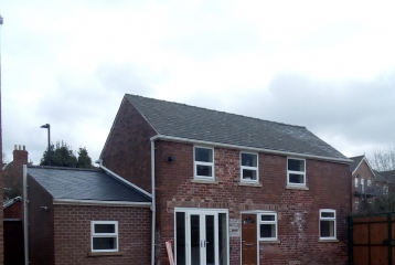 2-bedroom house, St. Mary`s rd, Doncaster (coach)